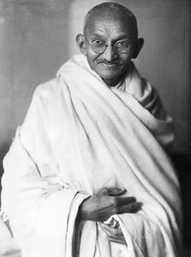 Gandhi_studio_1931_2